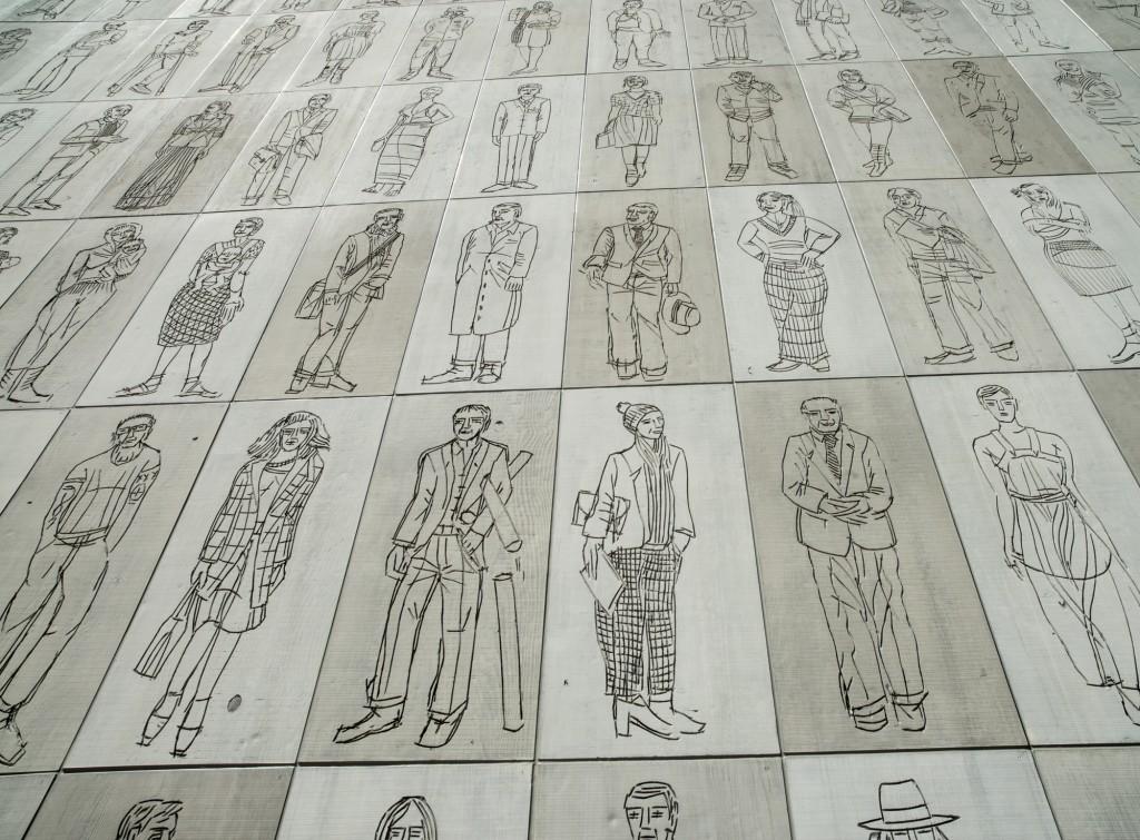 Stadtmuseum Aarau, Fassadenelement Leute