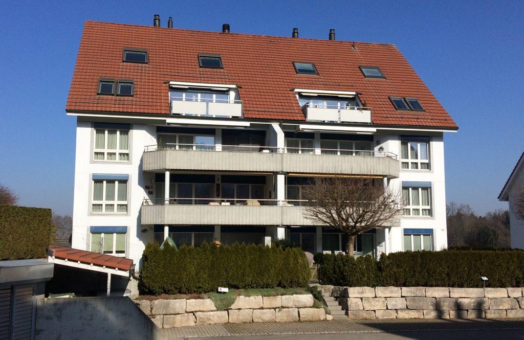 Hagenwiesestrasse, Dällikon Frontansicht Gebäude