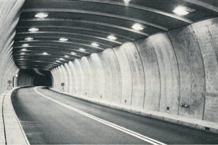 Mositunnel kurz vor der Eröffnung 1965