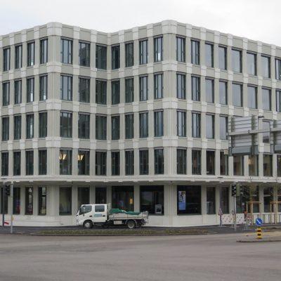 Raiffeisen Kloten, fertigestelltes Gebäude, März 2018