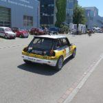 Renault 5 Turbo auf dem Weg zur Rundstrecke.
